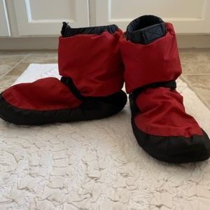 Adult Warm-up Boots - Red/Black